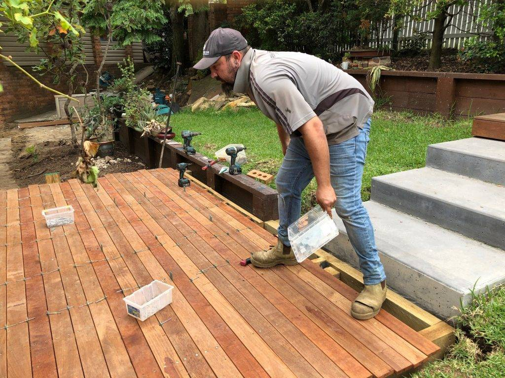 timber-deck-construction
