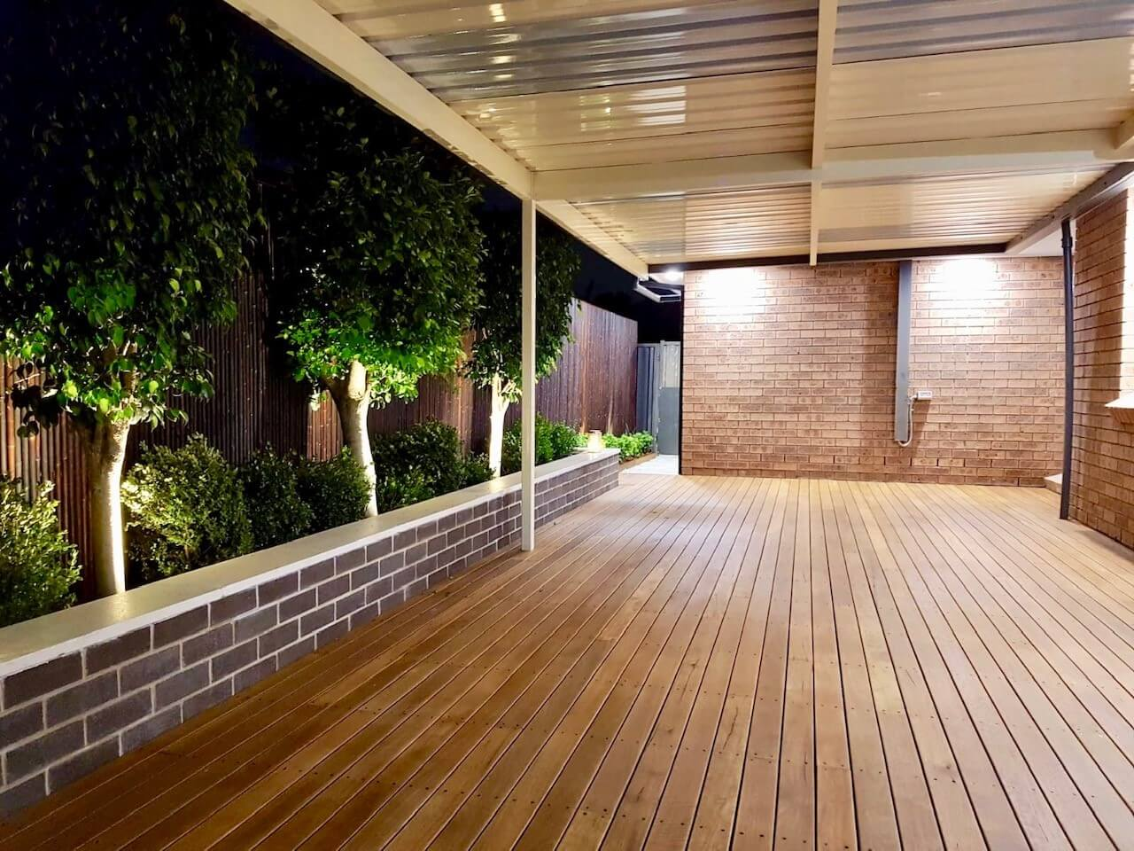 Decking Timber – The Difference between Composite and Timber