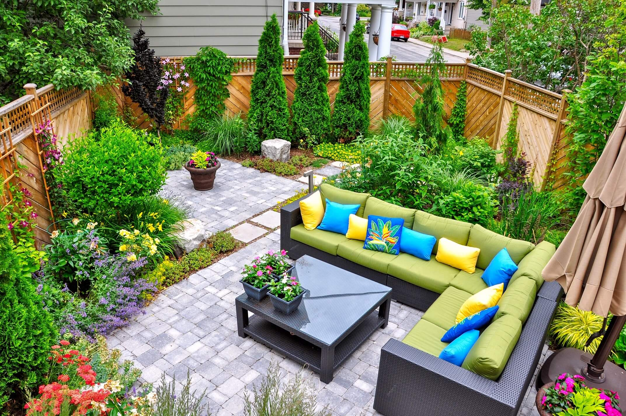 Top Tips for Landscaping with Colour