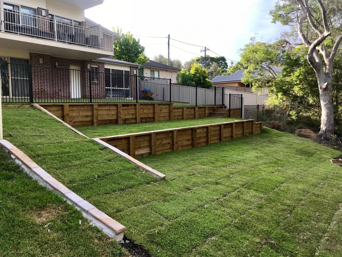 Warrimoo terraces retaining wall sloping block paving sandstone turf landscape construction blue mountains structural fresh perspective landscapes Winmalee 23