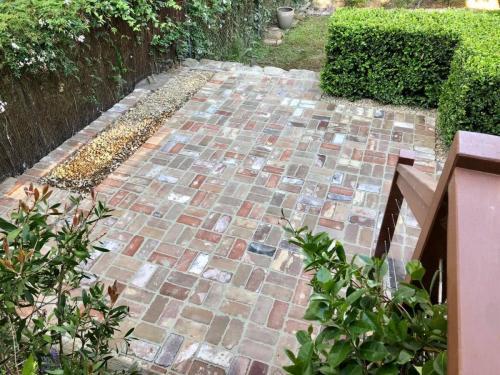 Springwood Recycled Brick Paving