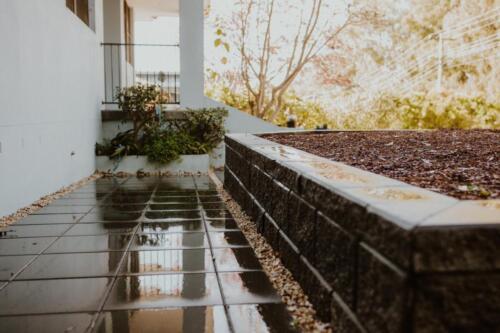 SPRINGWOOD garden makeover  concrete paving and steppers