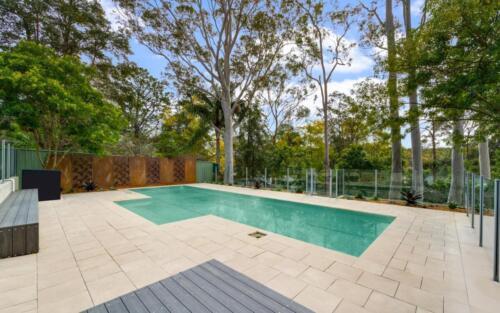 Glenbrook Landscaped pool area