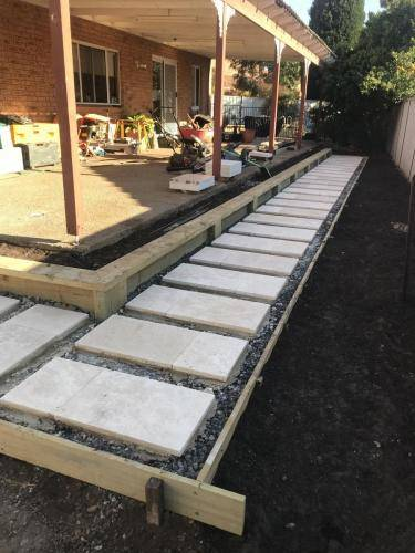 Abbotsbury fresh perspective landscapes structural landscaping blue mountains landscape construction timber screen paving excavation pots retaining wall planting 11