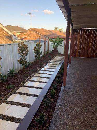 Abbotsbury fresh perspective landscapes structural landscaping blue mountains landscape construction timber screen paving excavation pots retaining wall planting 13