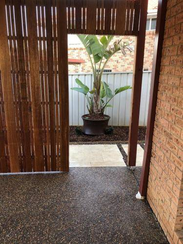 Abbotsbury fresh perspective landscapes structural landscaping blue mountains landscape construction timber screen paving excavation pots retaining wall planting 19