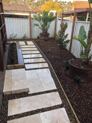 Abbotsbury fresh perspective landscapes structural landscaping blue mountains landscape construction timber screen paving excavation pots retaining wall planting 20