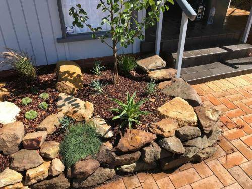 Blaxland planting rockery garden transformation landscape construction blue mountains structural fresh perspective landscapes Winmalee 10 small