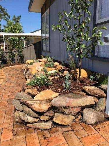 Blaxland planting rockery garden transformation landscape construction blue mountains structural fresh perspective landscapes Winmalee 2 small