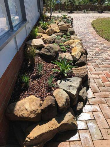 Blaxland planting rockery garden transformation landscape construction blue mountains structural fresh perspective landscapes Winmalee 3 small