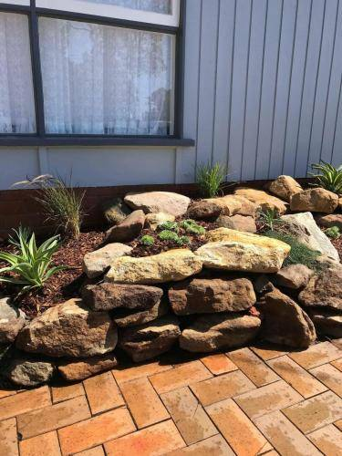 Blaxland planting rockery garden transformation landscape construction blue mountains structural fresh perspective landscapes Winmalee 4 small