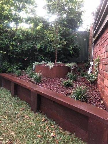 Blaxland steps retaining wall timber stairs landscape construction blue mountains structural fresh perspective landscapes Winmalee 11