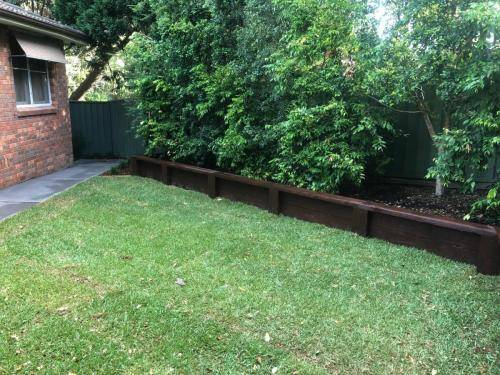 Blaxland steps retaining wall timber stairs landscape construction blue mountains structural fresh perspective landscapes Winmalee 12