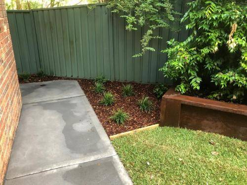 Blaxland steps retaining wall timber stairs landscape construction blue mountains structural fresh perspective landscapes Winmalee 13