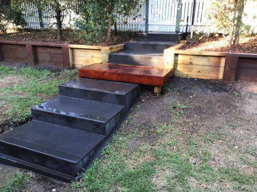 Blaxland steps retaining wall timber stairs landscape construction blue mountains structural fresh perspective landscapes Winmalee 5