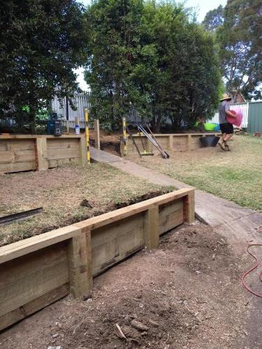 Blaxland steps retaining wall timber stairs landscape construction blue mountains structural fresh perspective landscapes Winmalee 9