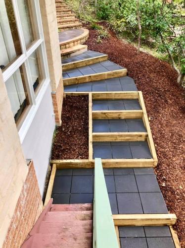 Charcoal concrete pavers
