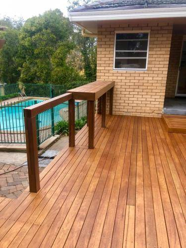 Fresh Perspective Landscapes Landscaping Blue Mountains Penrith Hawkesbury Structural Decking Timber Bench Seat Bar Quality Insured Licenced 3