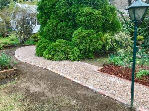 Fresh Perspective Landscapes Structural Landscaping Quality Blue Mountains Wentworth Falls Pathway Garden Edging Landscaper 3