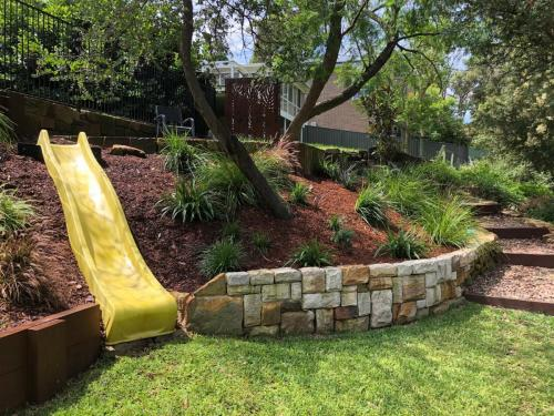Fresh Perspective Landscapes Winmalee Blue Mountains landscape construction sloping block retaining paving timber stone wall terrace garden design 13
