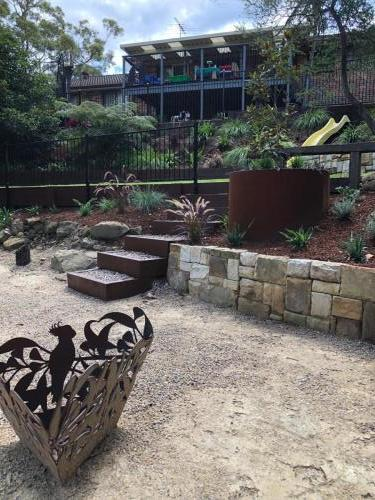 Fresh Perspective Landscapes Winmalee Blue Mountains landscape construction sloping block retaining paving timber stone wall terrace garden design 16