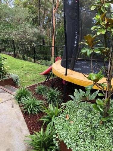 Fresh Perspective Landscapes Winmalee Blue Mountains landscape construction sloping block retaining paving timber stone wall terrace garden design 20