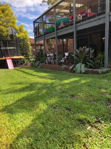 Fresh Perspective Landscapes Winmalee Blue Mountains landscape construction sloping block retaining paving timber stone wall terrace garden design 9