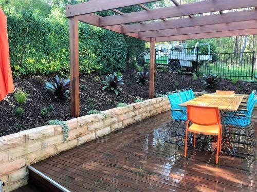 Glenbrook fresh perspective landscapes structural landscaping blue mountains landscape construction pergola timber planting 4