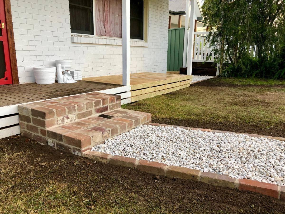 Veranda porch with brick steps