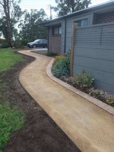 paved pathway edging