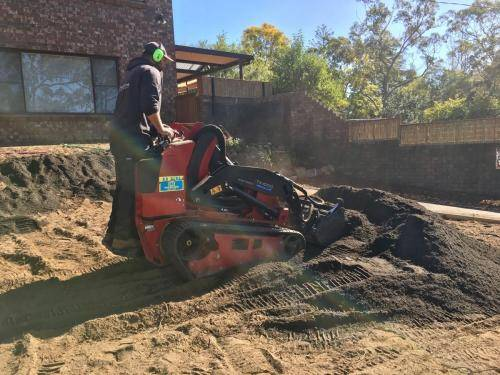 Springwood fresh perspective landscapes structural landscaping blue mountains landscape construction excavation turf pathway fence 2