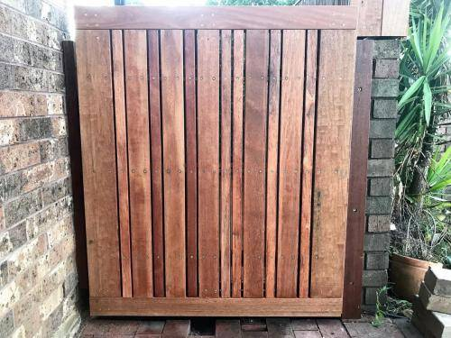 Springwood fresh perspective landscapes structural landscaping blue mountains landscape construction timber deck merbau travertine gate bamboo screen stairs12