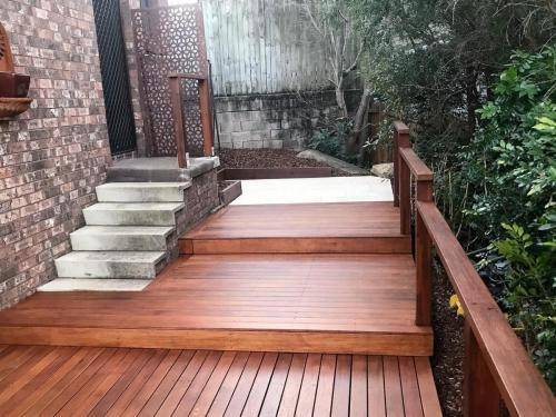 Springwood fresh perspective landscapes structural landscaping blue mountains landscape construction timber deck merbau travertine gate bamboo screen stairs14
