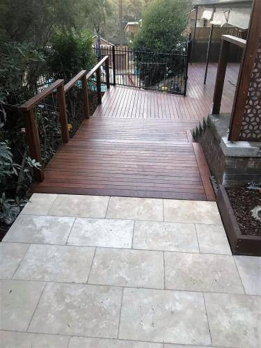 Springwood fresh perspective landscapes structural landscaping blue mountains landscape construction timber deck merbau travertine gate bamboo screen stairs16