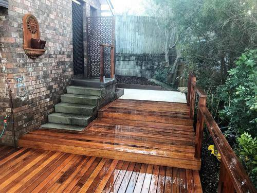 Springwood fresh perspective landscapes structural landscaping blue mountains landscape construction timber deck merbau travertine gate bamboo screen stairs5