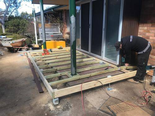 Timber stairs decking pathway landscape construction blue mountains Leura fresh Perspective Landscapes corten pots concrete custom-01 small