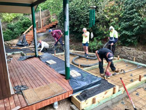 Timber stairs decking pathway landscape construction blue mountains Leura fresh Perspective Landscapes corten pots concrete custom-09 small