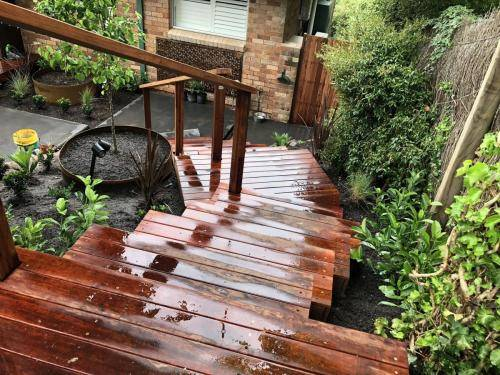 Timber stairs decking pathway landscape construction blue mountains Leura fresh Perspective Landscapes corten pots concrete custom-11 small