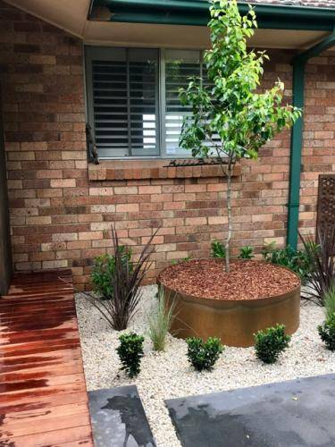 Timber stairs decking pathway landscape construction blue mountains Leura fresh Perspective Landscapes corten pots concrete custom-20 small