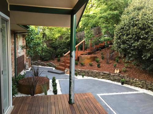 Timber stairs decking pathway landscape construction blue mountains Leura fresh Perspective Landscapes corten pots concrete custom-29 small