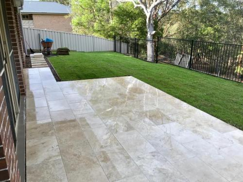 Warrimoo terraces retaining wall sloping block paving sandstone turf landscape construction blue mountains structural fresh perspective landscapes Winmalee 4