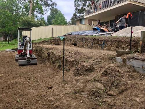 Warrimoo terraces retaining wall sloping blovk paving sandstone turf landscape construction blue mountains structural fresh perspective landscapes Winmalee 7